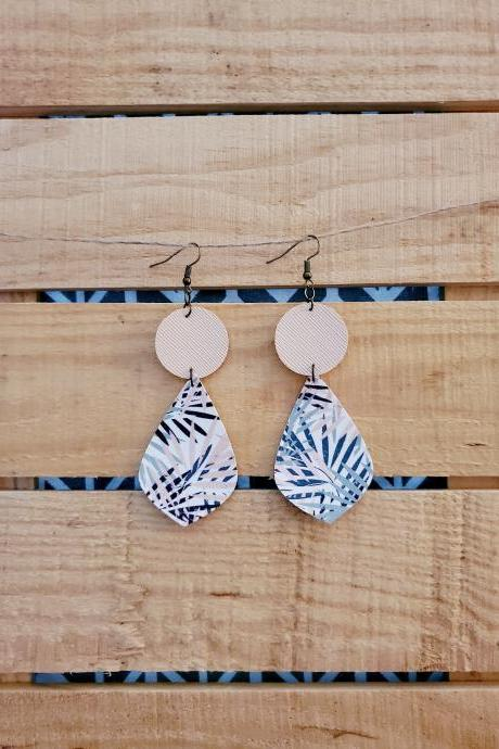 Tropical Floral Leather Dangles, Cream Round Earrings, Boho Chic Dangles, Hinged Jewelry, Floral Leather Earrings, Round Leaf Earrings, Chic