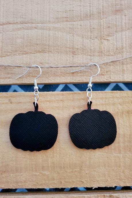 Pumpkin Dangle Leather Earrings, Dainty Leather Earrings, Halloween Jewelry, Minimalist Earrings, Small Pumpkin Earrings, Black Leather