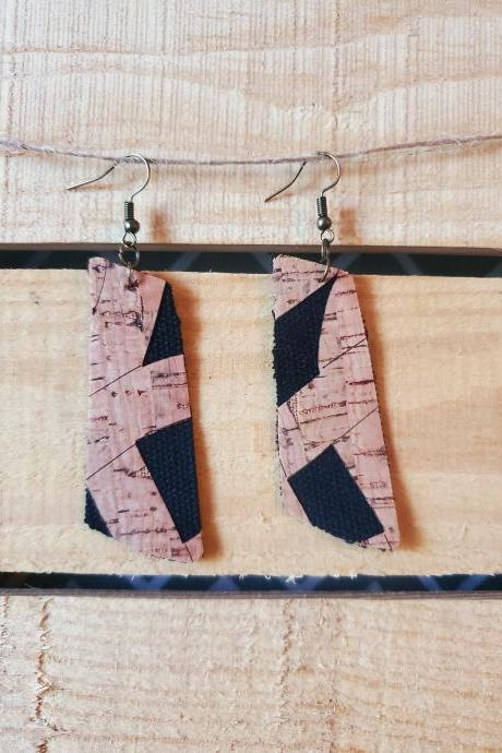 Black Cork Angled Bar Earrings, Cork Leather Barrel Earrings, Angled Bar Leather Earrings, Leather Dangles, Everyday Earring, Cork Dangle